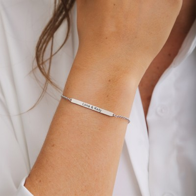 Personalized Nameplate Bracelet in Sterling Silver